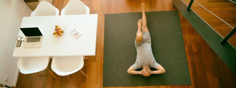 Como hacer yoga en casa. Los mejores consejos para hacer yoga en casa para principiantes