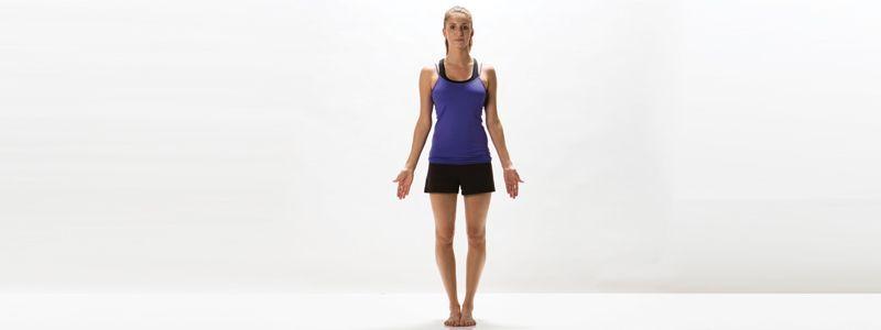 Postura de yoga: la montaña o tadasana