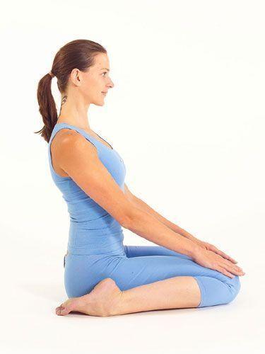 Yoga para relajarse. Postura del héroe