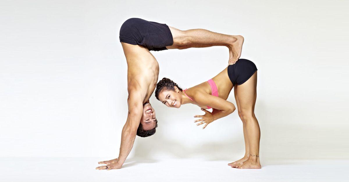 Йога для двоих в домашних условиях