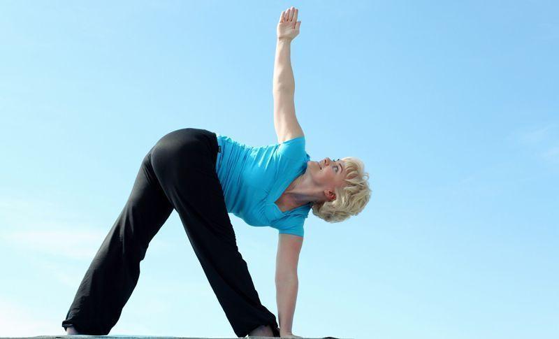 Yoga para mayores de 50