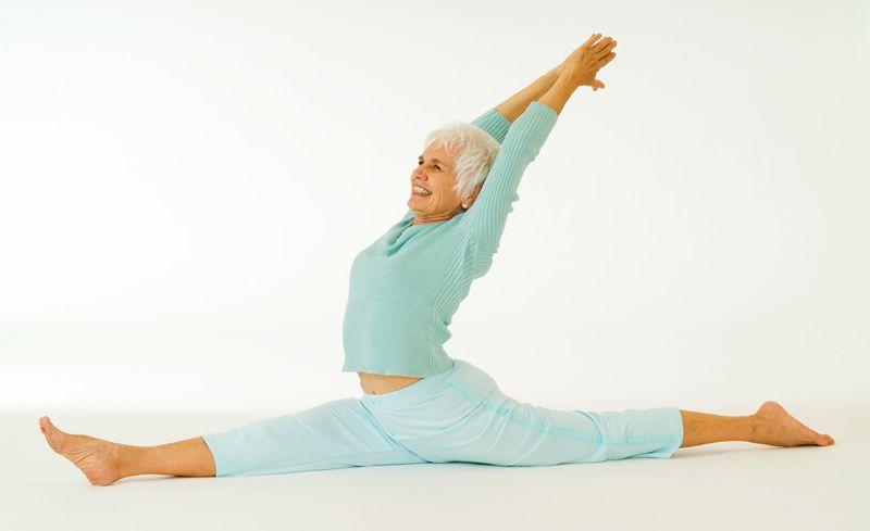 yoga para mayores de 70 años