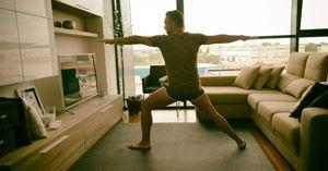 ¿Cómo empezar a hacer yoga en casa si eres principiante?