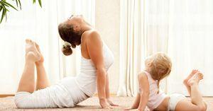 ¿Cómo hacer yoga en casa con los niños?