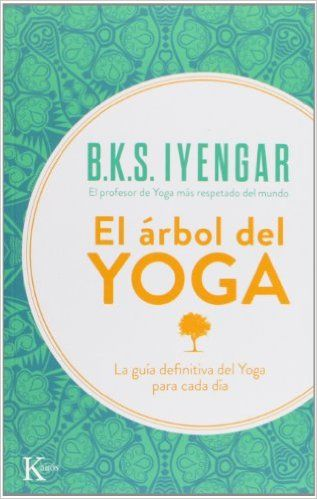 Entre los libros de Yoga Iyengar está El árbol del Yoga