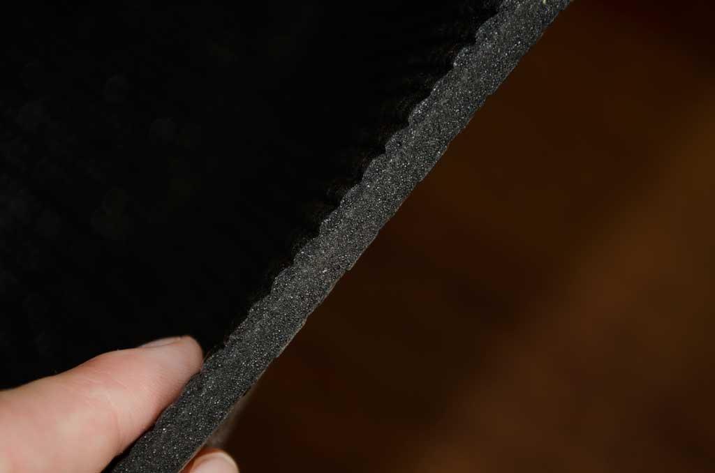 La esterilla de yoga tiene un grosor de 5 mm