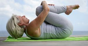 Yoga en casa para mayores