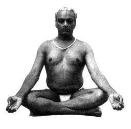 Iyengar realizando la Sukhasana
