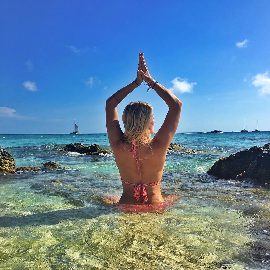 yoga-girl1