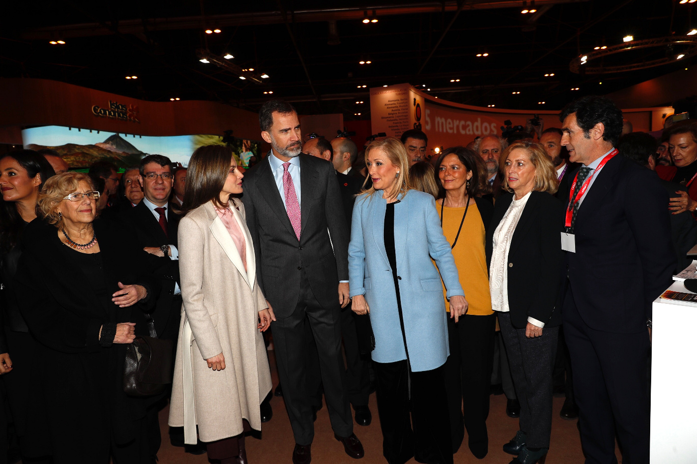 Reina Letizia y Rey Felipe en FITUR WideMat