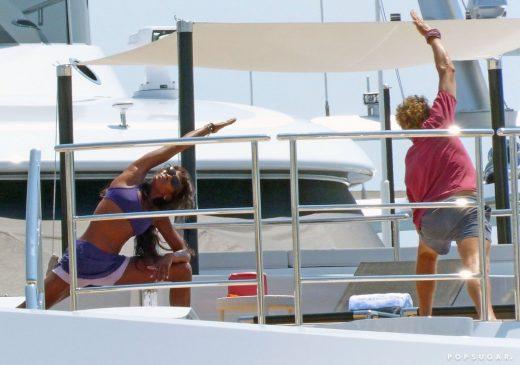 Naomi Campbell Yoga